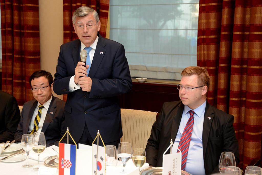 akademik-zeljko-reiner-i-ministar-marko-pavic